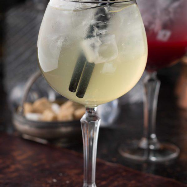 Ромашковий лимонад